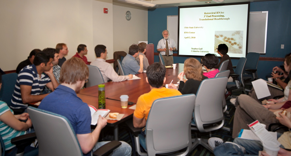 Dr. Goff presents a second lecture at the Retrovirus Center weekly Lab Meeting.